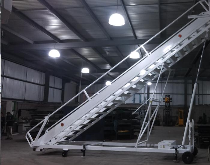 Escalones antiderrapantes de acero o aluminio