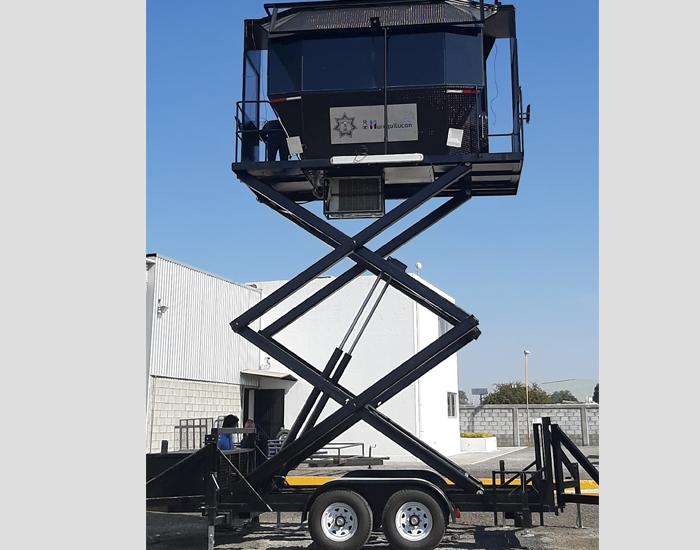 Unidad móvil de vigilancia con tijeras para elevación y mayor alcance
