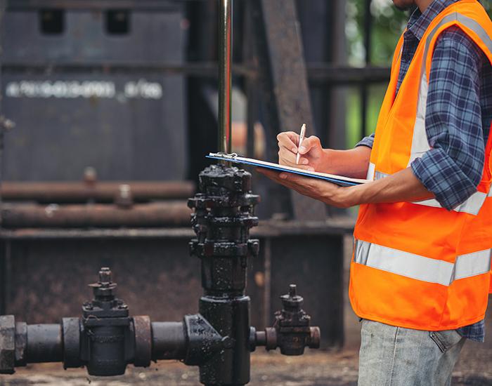 Revisión de checklist de equipo industrial